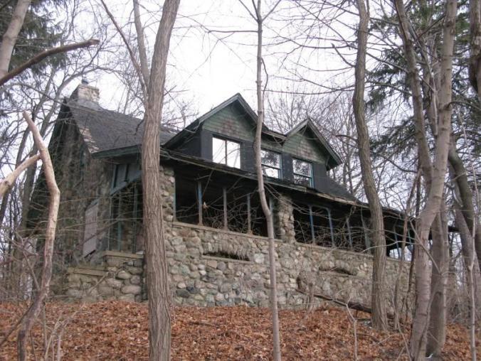 winthrop stone house